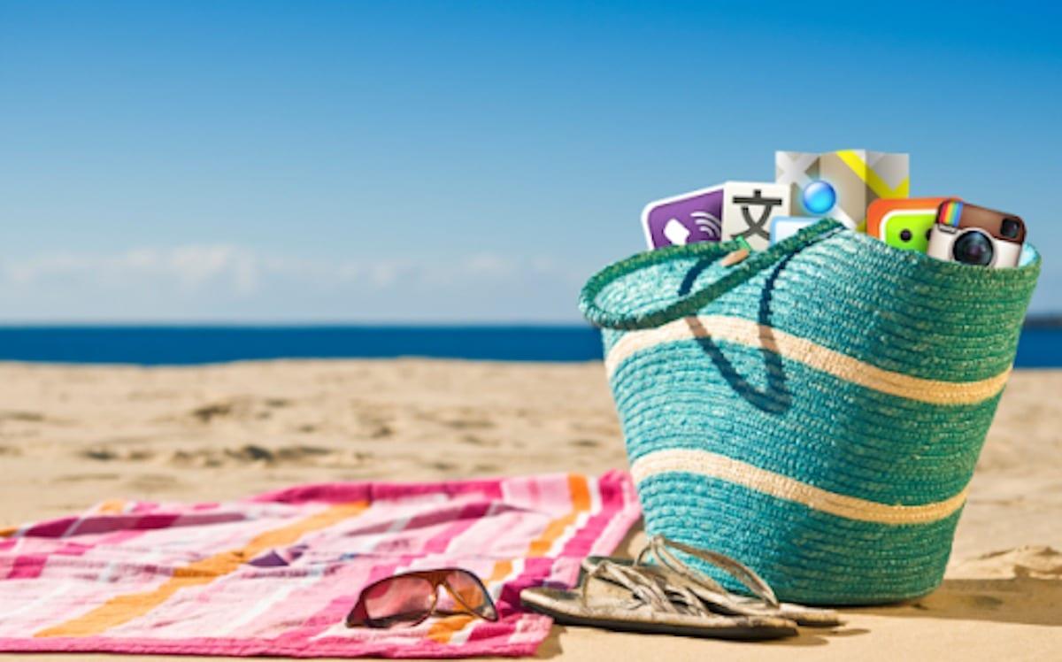 Vacances d'été: Limités à 100km? Emmanuel Macron a-t-il une solution?