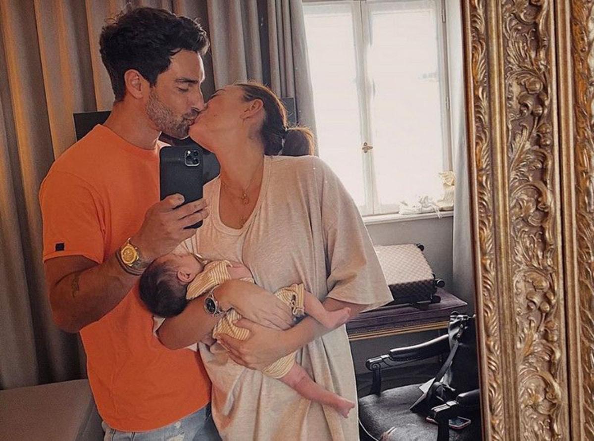 Rachel Legrain Trapani, son mari et leur fils Andrea