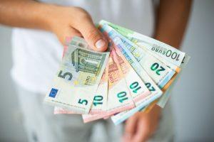 Banque en ligne : recevez près de 130 euros en ouvrant votre compte ! Découvrez les banques les plus généreuses !