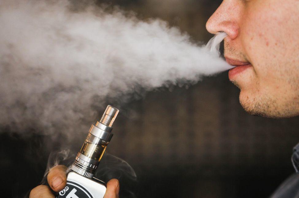 Comment choisir une vapoteuse sans nicotine ?