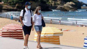 Vacances d'été : le gouvernement prévoit de durcir à nouveau le pass sanitaire ? Toutes nos infos !