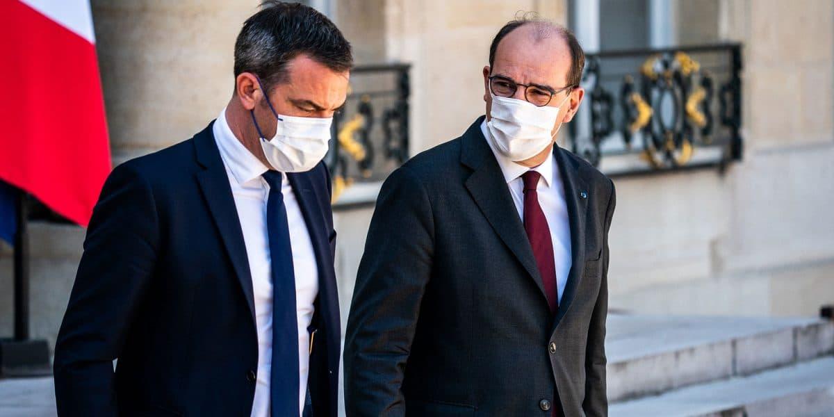 Coronavirus en France: avance-t-on vers la fin de la quatrième vague?