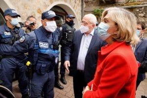 L'acte audacieux de Valérie Pécresse qui fait adopter le port d'arme pour les policiers municipaux!