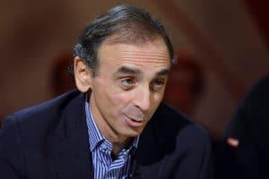 La chronique du polémiste Éric Zemmour est supprimée : sa possible candidature fait des dégâts!