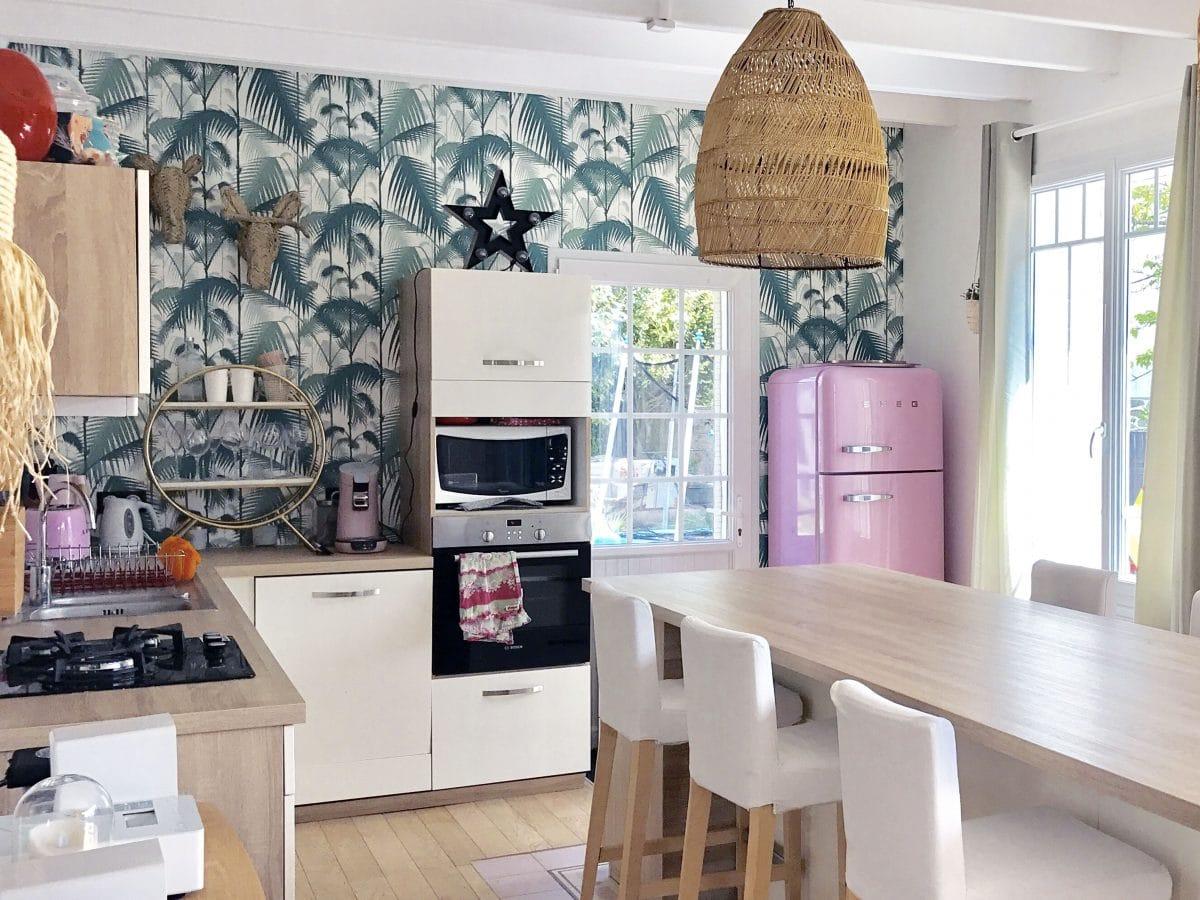 Décoration de cuisine : voici les 4 papiers peints qui ont ravi la vedette en cette année 2021!