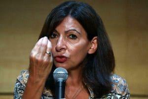 Présidentielle2022: Anne Hidalgo plombe-t-elle ses chances avec sa politique anti-voiture?