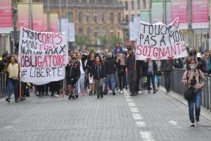 Covid-19 en France : les manifestations anti-vax sont en perte de vitesse!