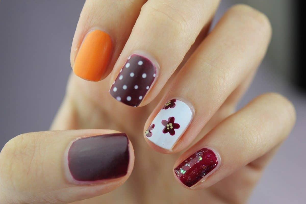 Manicure : voici les astuces pour enlever vos faux ongles sans dissolvant!