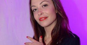 Dounia Coesens de nouveau en couple, la comédienne affiche son nouveau petit ami !