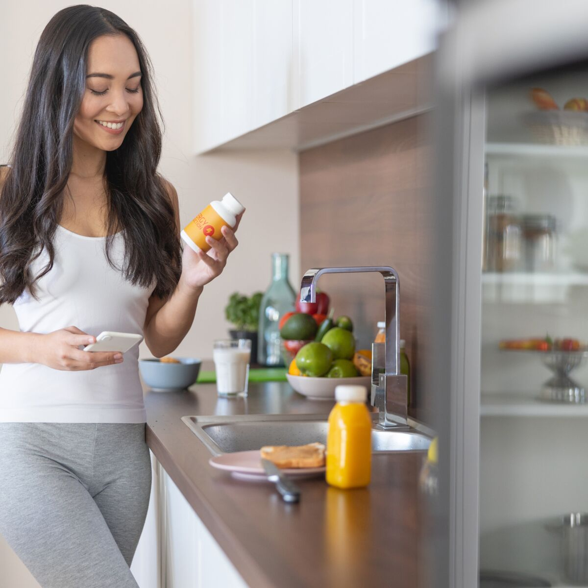 Astuce pousse de cheveux : Découvrez l'impact de la consommation de compléments alimentaires sur vos cheveux !