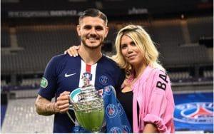 La femme de l'attaquant du PSG Mauro Icardi expose les infidélités de son mari!